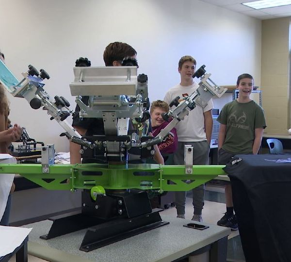 When it comes to learning some students learn better hands-on. South Range schools has a new opportunity for middle and high school students this year. It's called R Inc. it's a business with school credit.