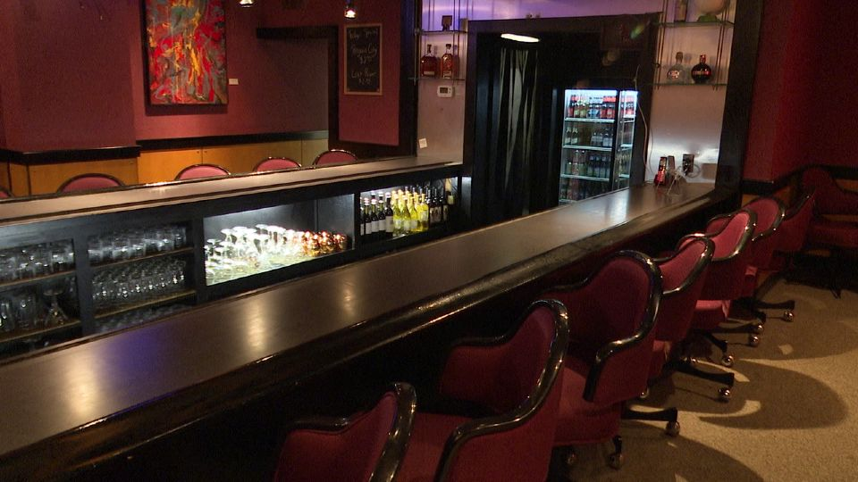 The Foundation Lounge in downtown Youngstown is officially reopened after being closed since the start of the pandemic.